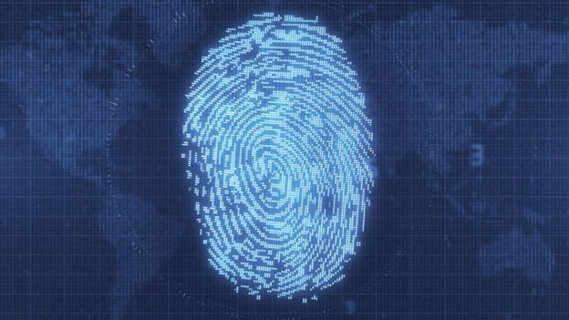 کیمبرج اینالیٹیکا کے چیف ایگزیکٹو الیگزینڈر نیکس نے ایوان کے نمائندوں کو بتایا کہ وہ ڈیٹا کو سروے کے لیے استعمال کرتے ہیں
